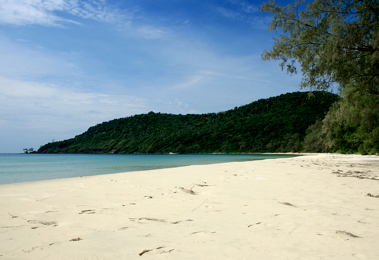 Welcome To Lazy Beach A Private Tropical Hideaway On The Island Of Koh Rong Saloem Off Coast Sihanoukville Cambodia